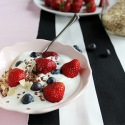 Healthy food - Yogurt and fruit