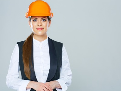 Construction industry needs to become more female-friendly to tackle employee shortage (F)