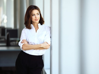 confident-working-women-featured