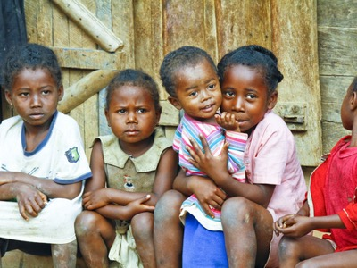 african-children-on-international-day-to-eliminate-violence-against-women-featured