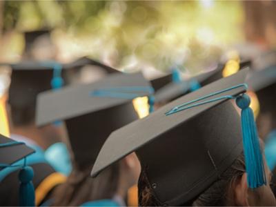 Graduates pay-gap