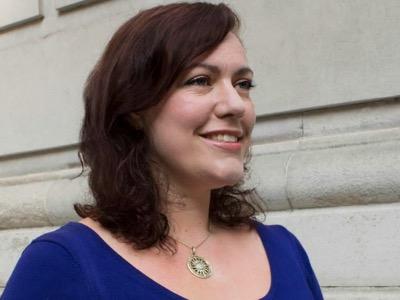 Alicia Kearns featured