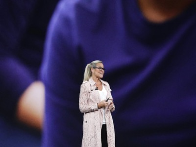 Apple Angela Ahrendts featured