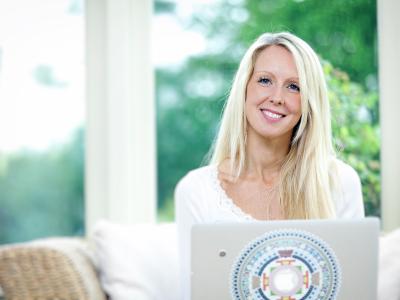 Sara Lou-Ann Jones featured