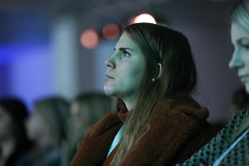 Delegate listening