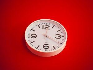 career o'clock, clock on wall featured