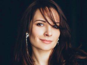 Yana Barinova featured