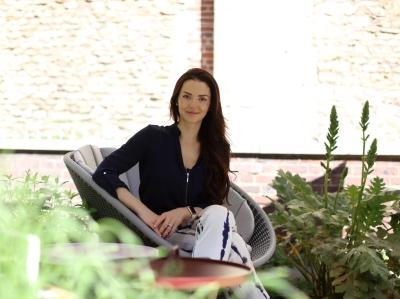 Tania Adir featured