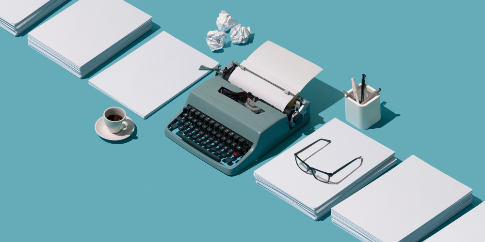 vintage typewriter, female creatives, creative industry