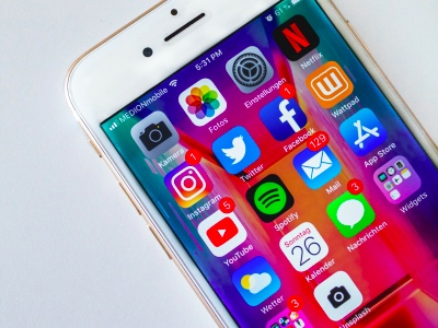 Social media, iPhone featured