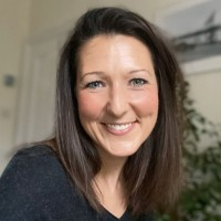 Amy Crawford headshot