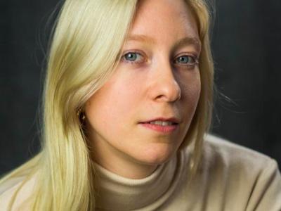 Phoebe Lorenz featured