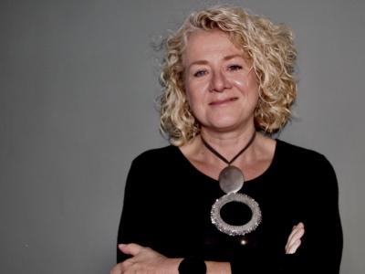 Janie Van Hool featured